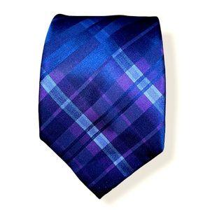 Calvin Klein 100% Silk tie